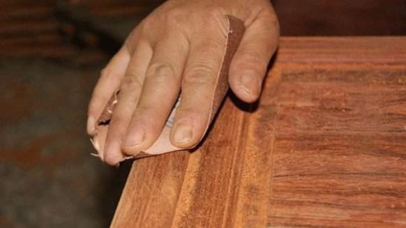 如何降低家具涂装打磨成本?快干水漆免打磨!