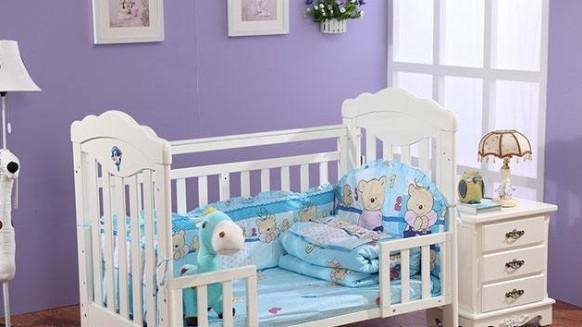 想要宝宝健康成长,少不了一款安全的水漆婴儿床