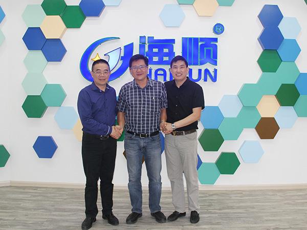新加坡经销:海顺水漆具有产品竞争力,有共同战略利益支撑!